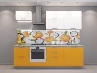 Кухня с оранжвыми фасадами прямая